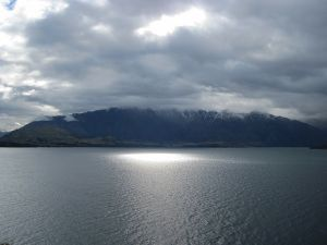 wakatipu lake.jpg